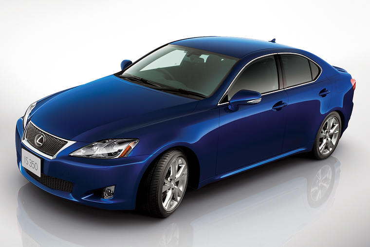 Lexus IS F-Sport for Europe, Japan and Canada-0853e0fd-b4ec-422b-8a47-ebdd5dd33410.jpg
