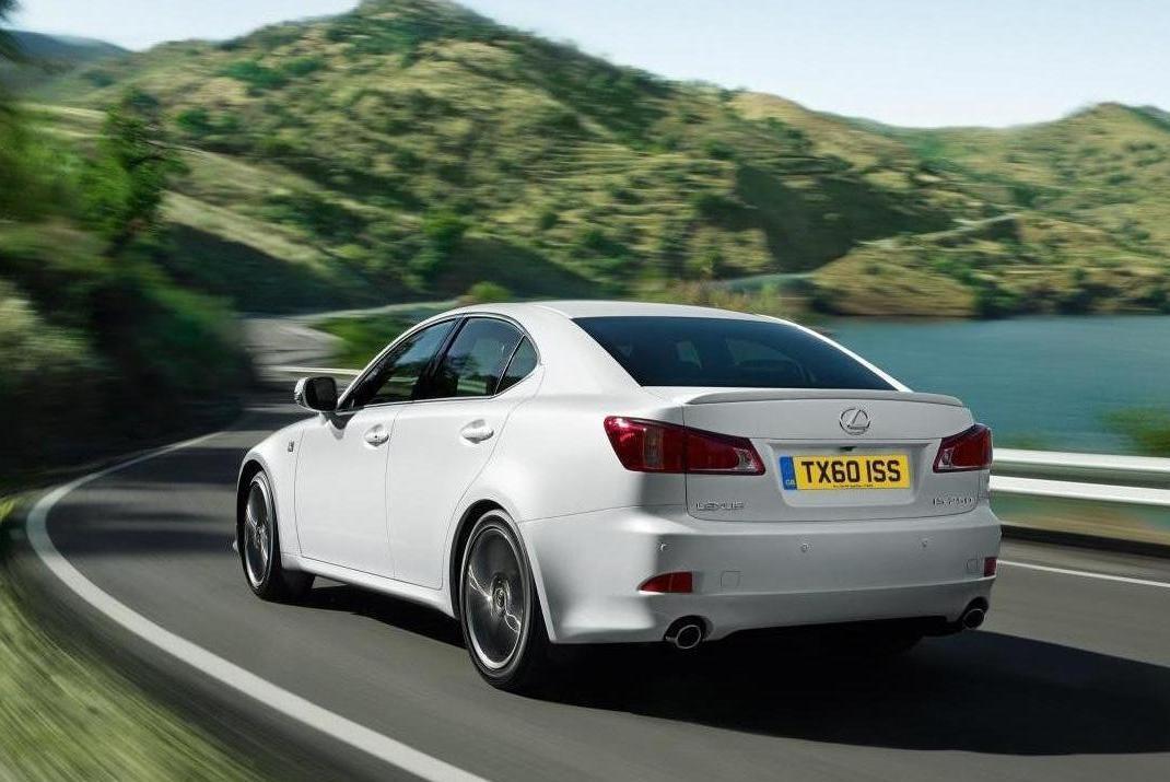 The Lexus IS, IS C and IS F for 2011 in Europe-61526-d-lex-.jpg
