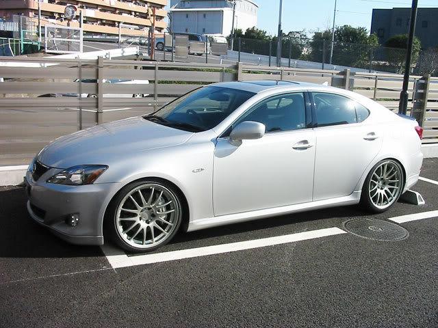 2007 lexus is250 wheel size