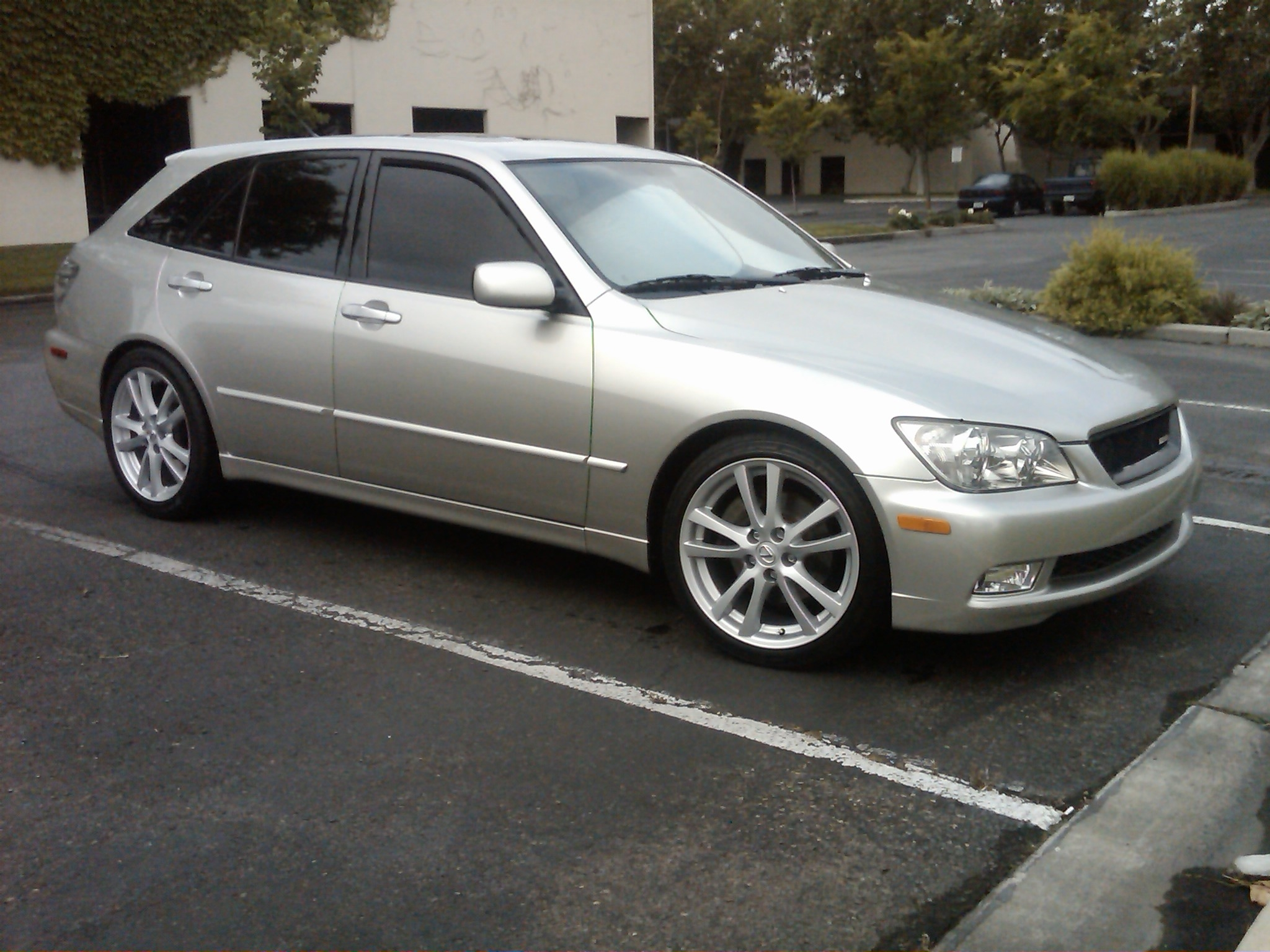 24164-isx50-wheels-is300-look-here-isx_r
