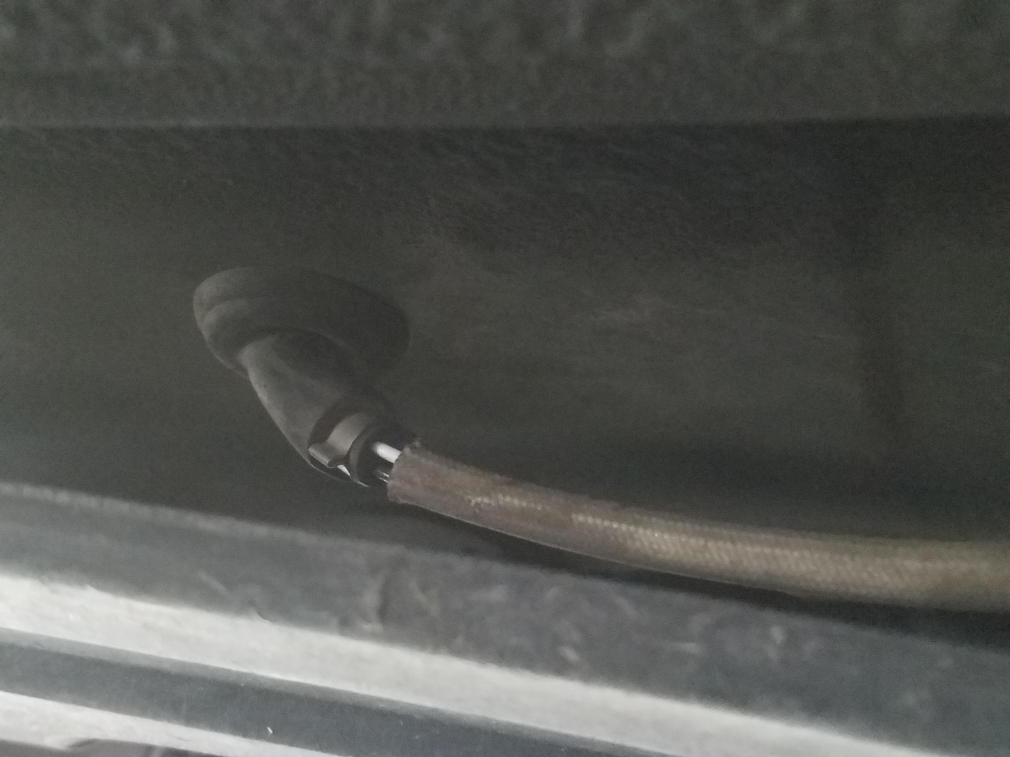 DIY: How to replace O2 sensor for B2S2-new-black-rubber-plug.jpg