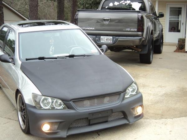 Showcase cover image for hawaiian_boi's 2001 Lexus is300